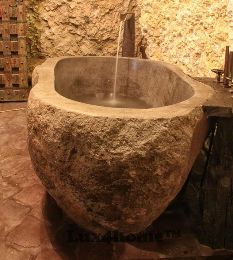 Cuarto de ba o de madera y piedra 42 dise os - Colocar piedra natural ...