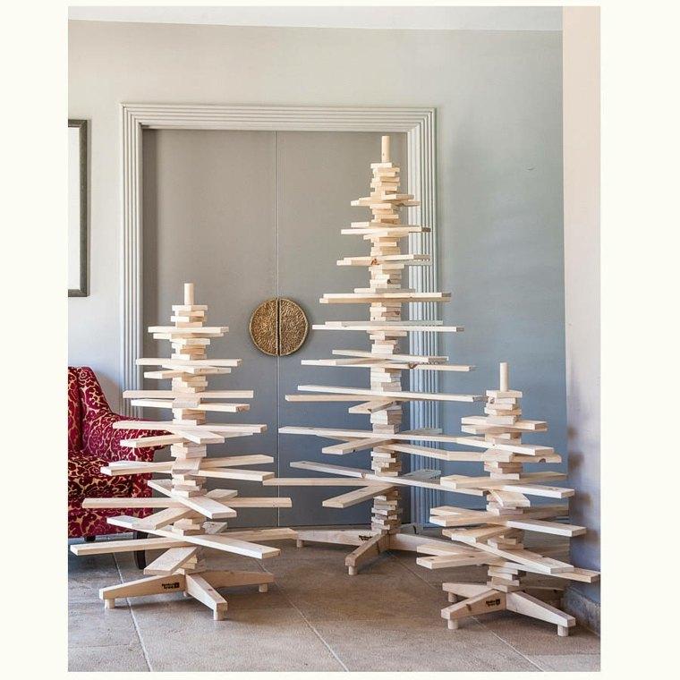 originales abetos navideños listones madera