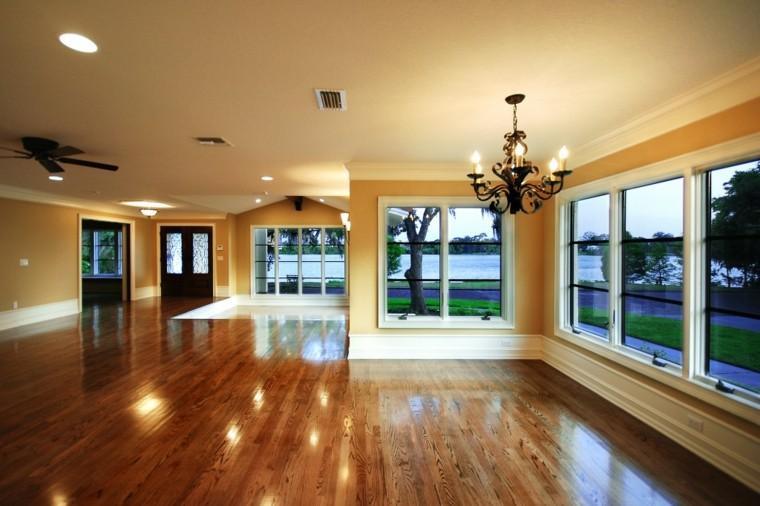 salon vacio suelo madera brillante