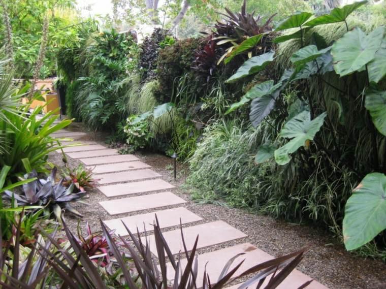 sendero jardin hormigon piedra plantas ideas