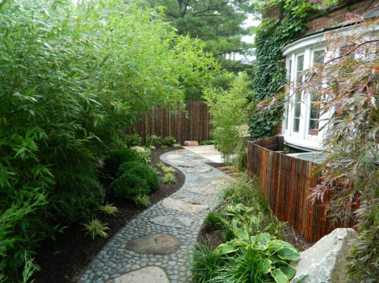 sendero jardin piedra rio distintos tamanos ideas
