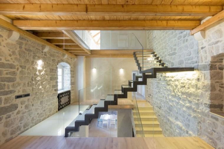 diseño interior madera piedra