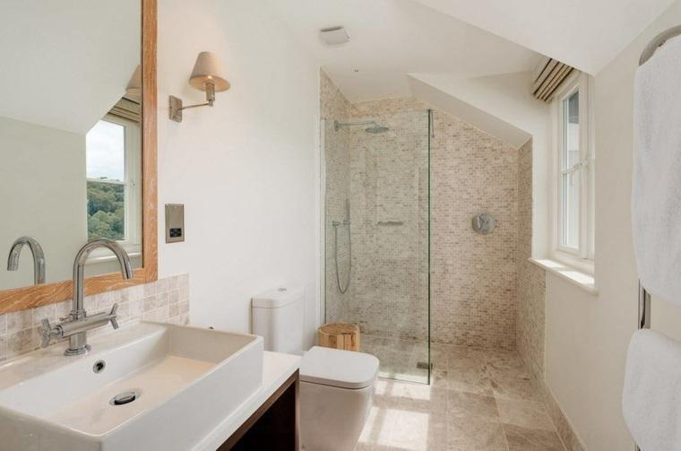 banos con ducha diseno techo inclinado ideas