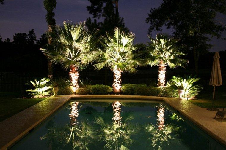 bonita iluminacion Led jardin