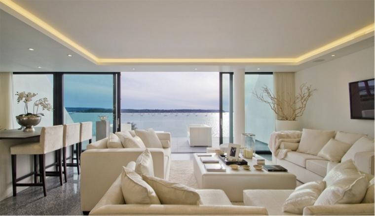 bonito salon moderno color crema
