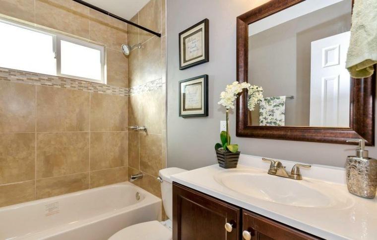 bonito cuarto de baño azulejos