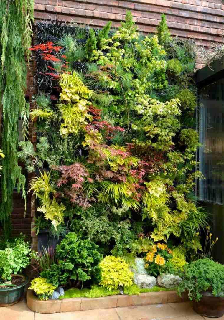 Como hacer un jardin vertical en casa o en el patio - Diseno de un jardin ...