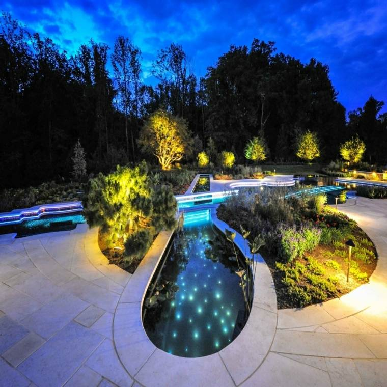 bonito jardin piscina luces Led