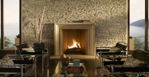 Interiores modernos con chimenea que lograrán inspirarte
