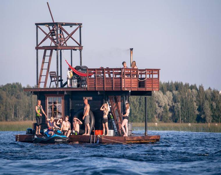 bote madera original jovenes sauna