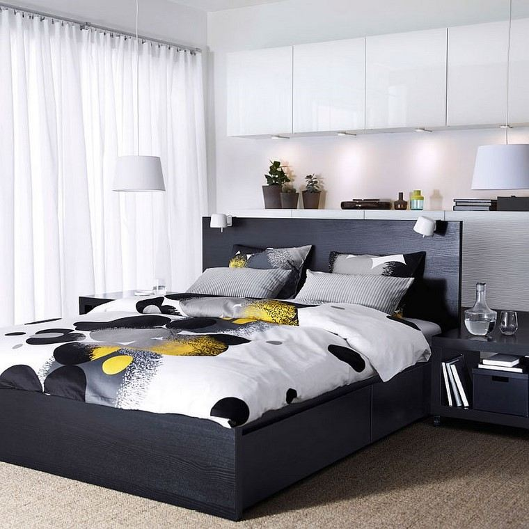 cama madera negra armarios pared color blanco ideas