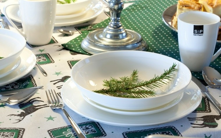 cenas de navidad decoracion mesa platos decorados ideas