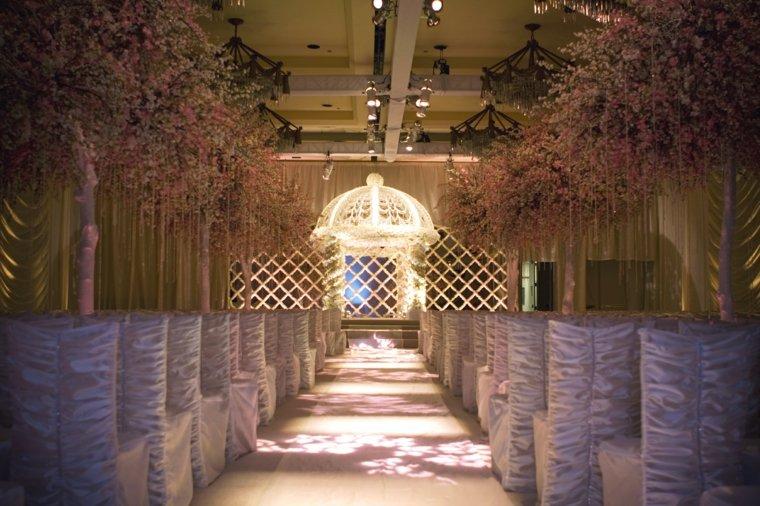 ceremonia-camin-altar-decoracion-boda-invierno