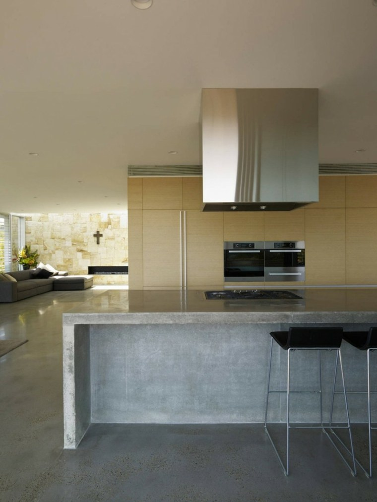 Cocina con isla de hormig n de estilo moderno 42 dise os for Construir isla cocina