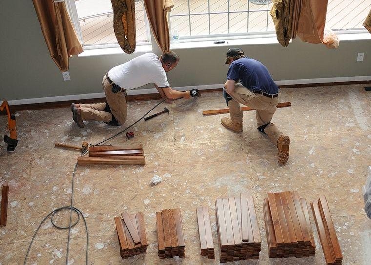 colocar suelo parquet nuevo