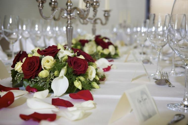 corona rosas mesa boda invierno diseno ideas
