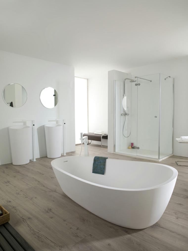 cuarto de bano minimalista moderno diseno banera lavabos blancos ideas