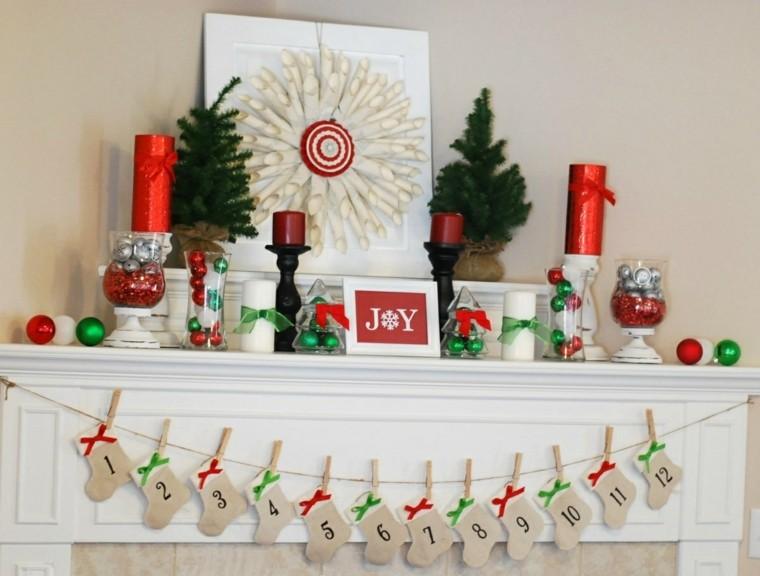 decorar chimenea Navidad colores