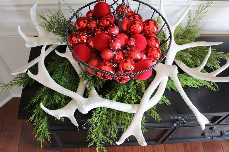 decoracion navidena bolas cuernos blancos ideas