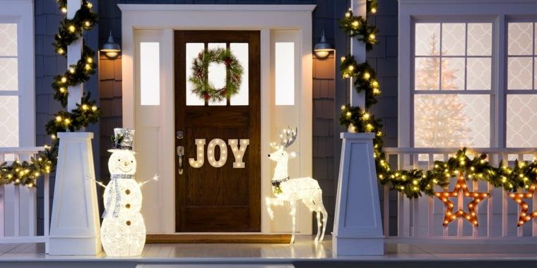decoración navideña exterior clásica