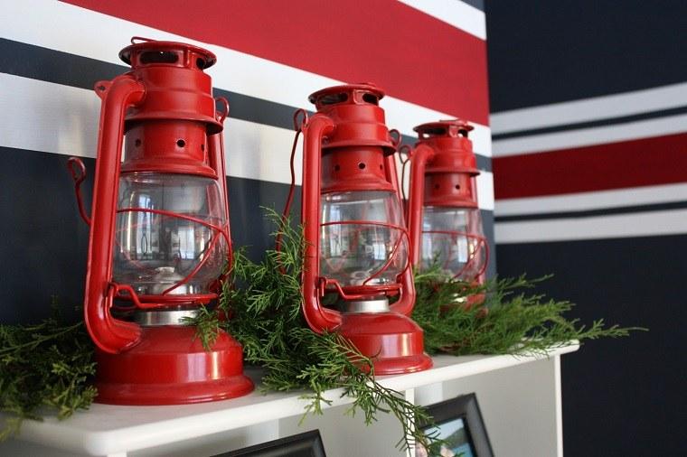 decoracion-navidena-linternas-rojas-ramas