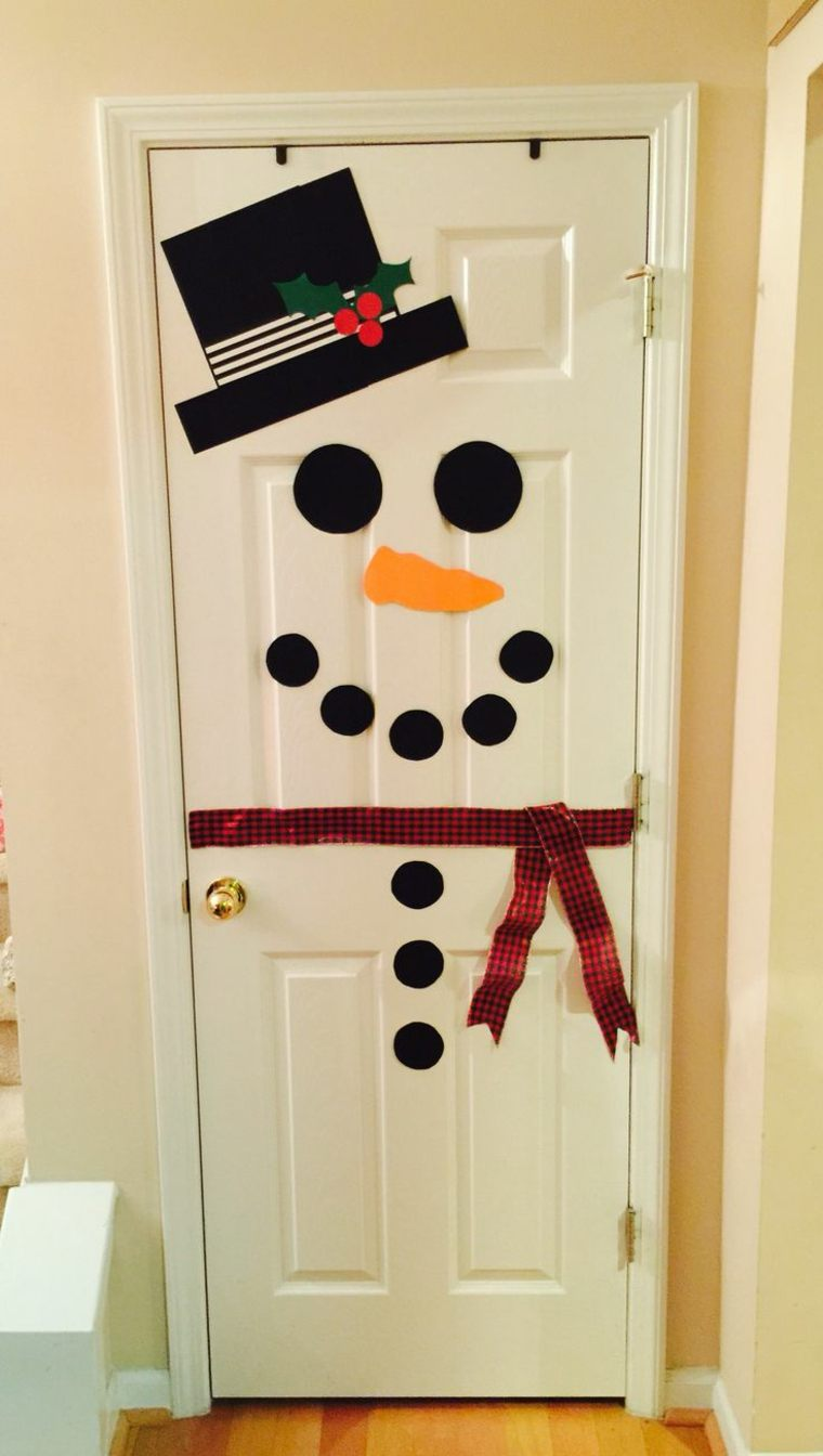 decorar puertas y embellecer la casa en navidad