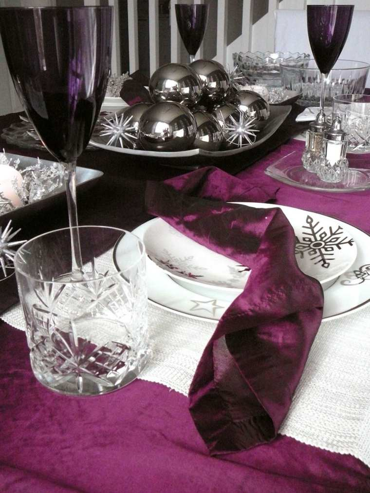 decorar una mesa noche vieja