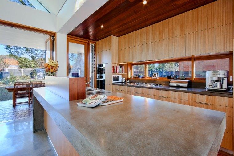 Cocina con isla de hormig n de estilo moderno 42 dise os - Cocina diseno moderno ...