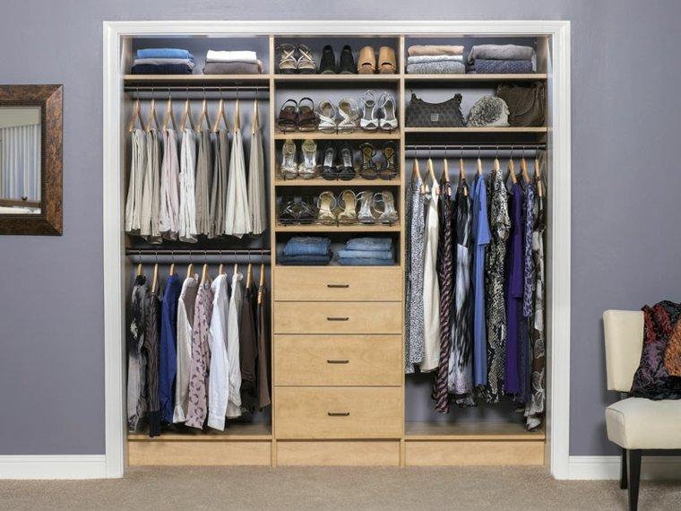 interiores de armarios femeninos organizados