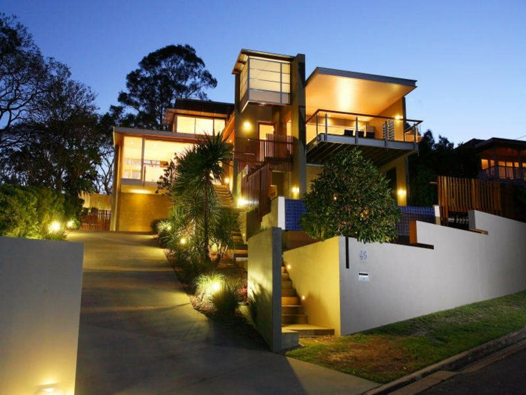 diseños jardines modernos luces Led