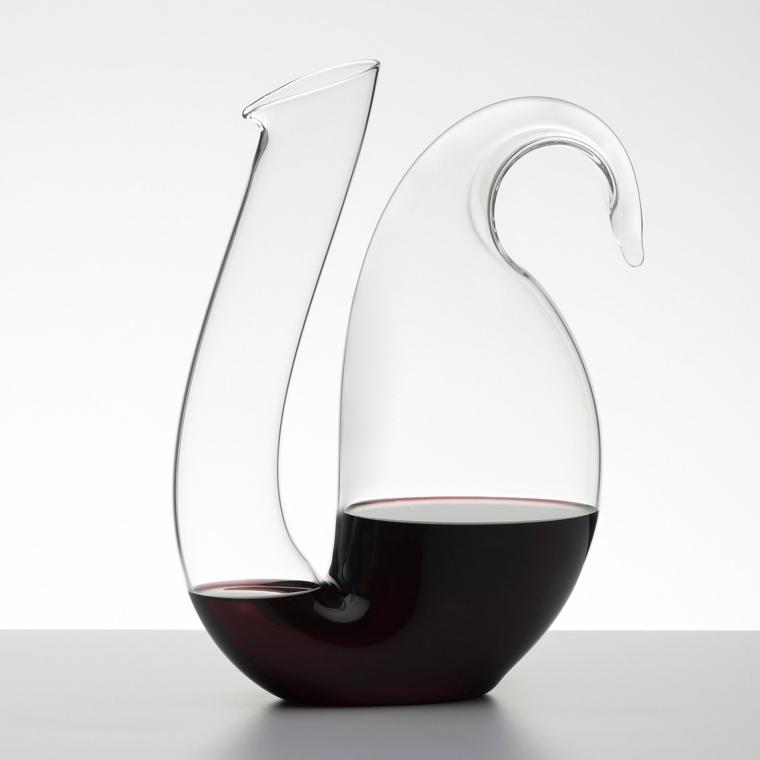 jarras de cristal vino tinto