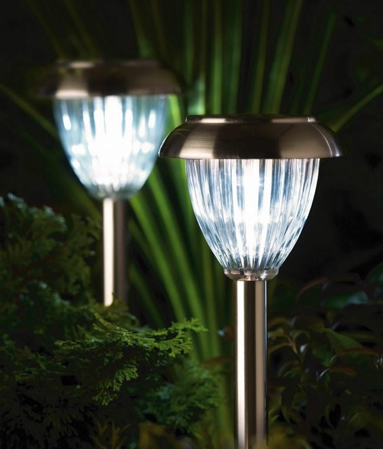 lamparas solares para jardines
