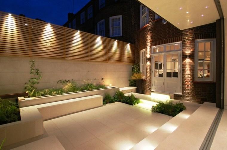 Iluminaci n exterior como sacarle mayor partido al jard n - Luces patio exterior ...