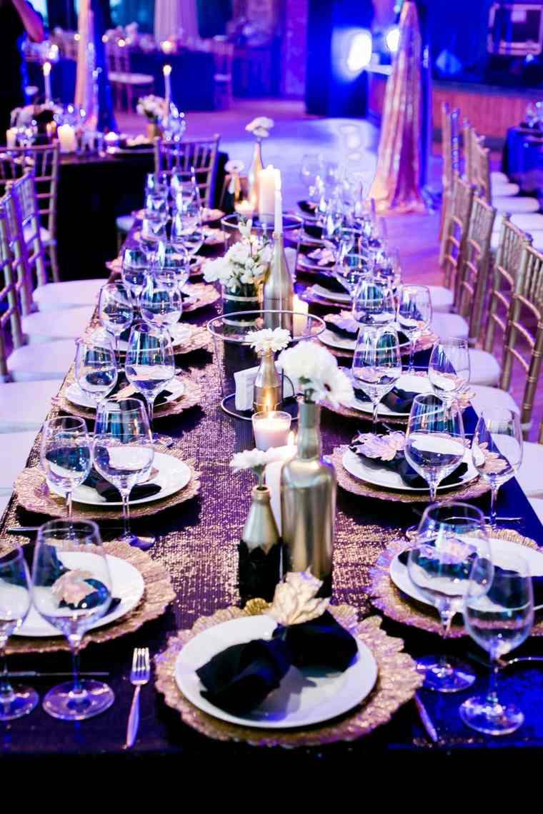 mesa-color-mantel-detalles-negro