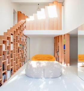 Escaleras creatividad de formas y modelos que rompen la - Muebles para ahorrar espacio ...