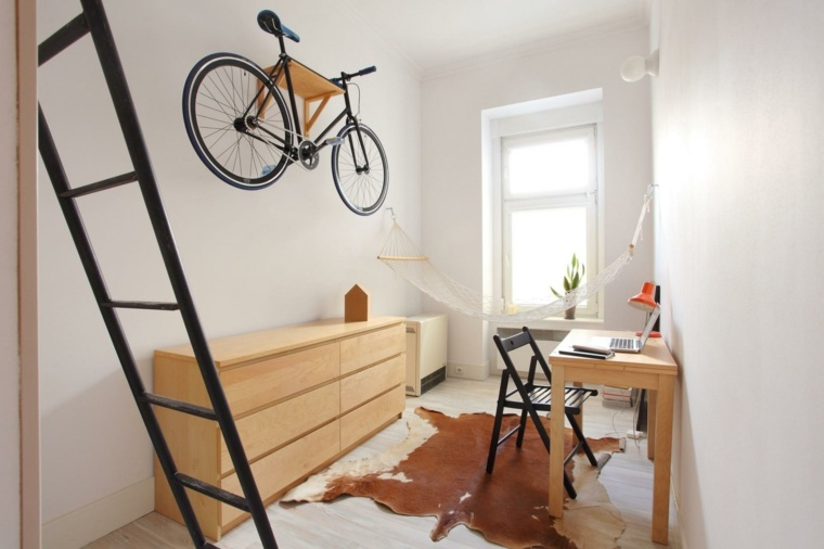 original micro apartamento bici pared