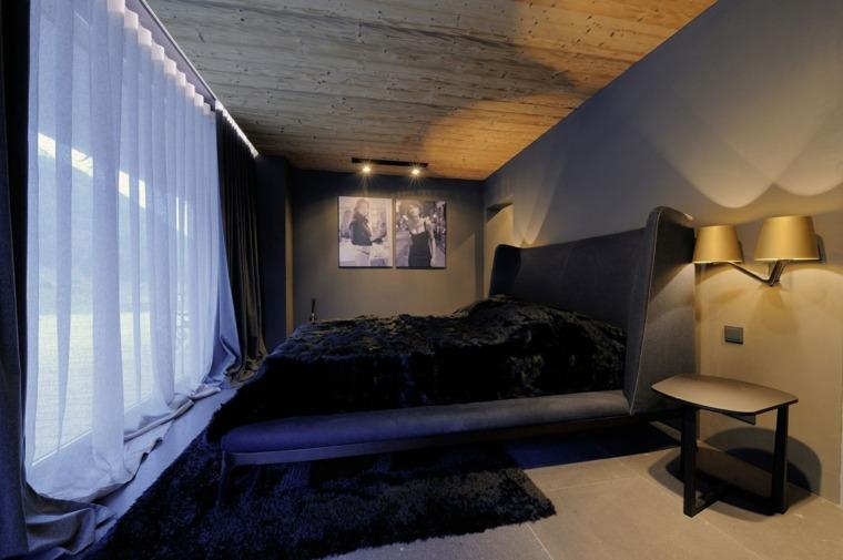habitación pequeña techo madera