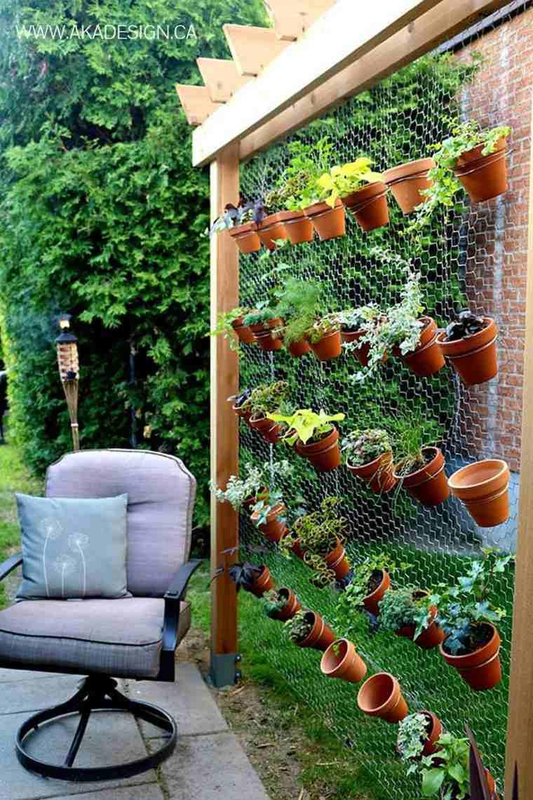 Como hacer un jardin vertical en casa o en el patio - Como hacer un jardin en casa ...
