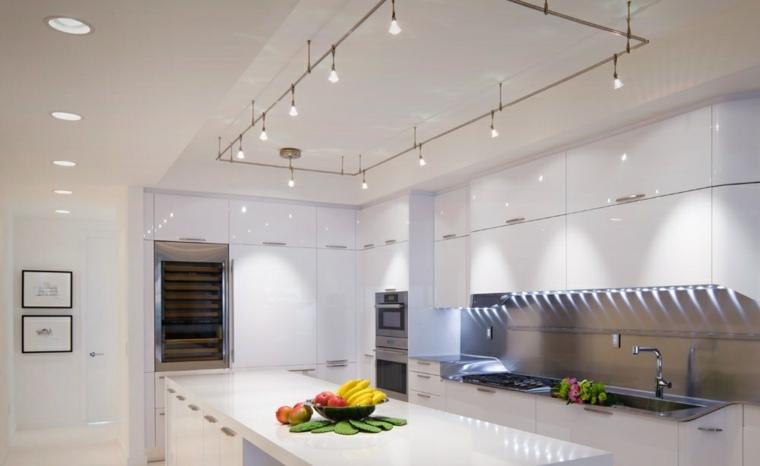Iluminacion led indirecta para interiores 42 ideas for Iluminacion oficinas modernas
