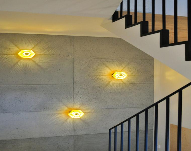 pared cemento panele luces