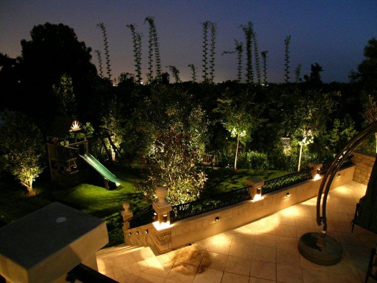 patio terraza luces suelo