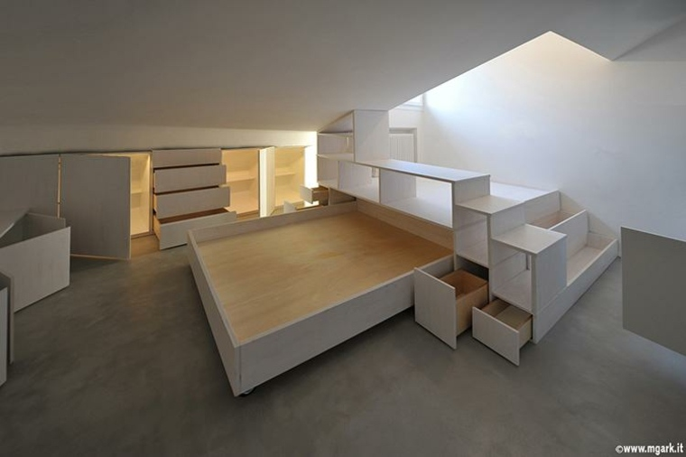 piso pequeño color blanco