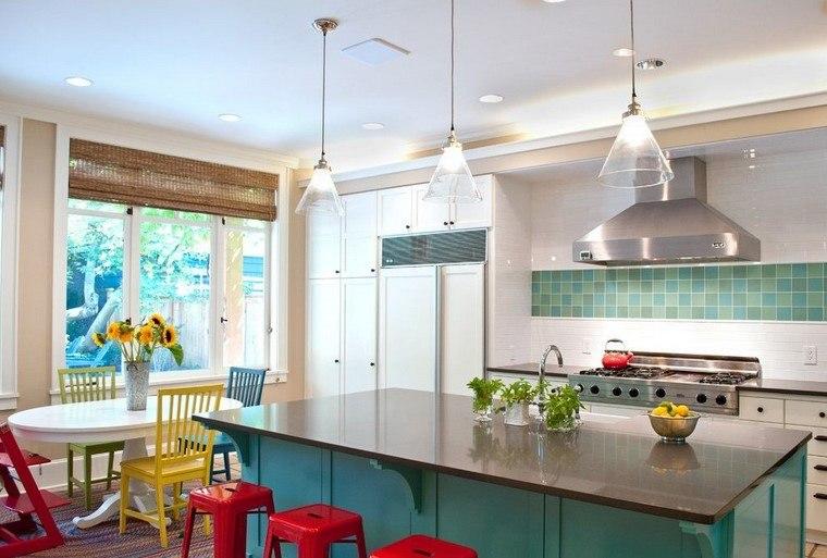 reformas cocinas espacios coloridos diseno opciones