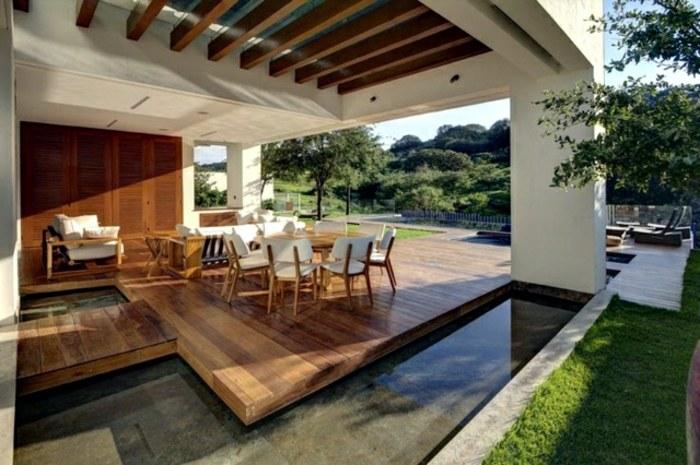 terrazas con encanto plataforma madera cesped