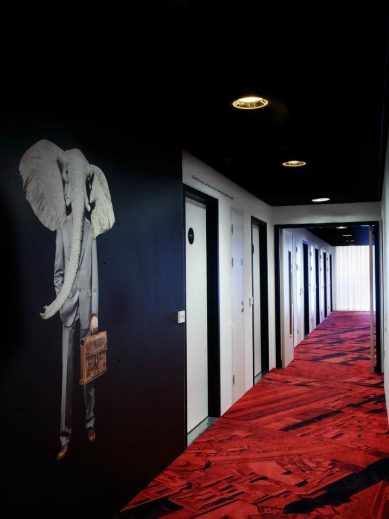 decoracion pasillos efecto dramático