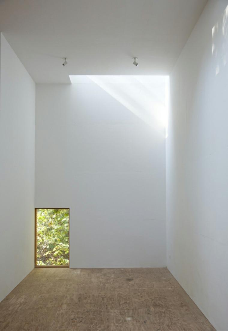 baja paredes suelo planta madera