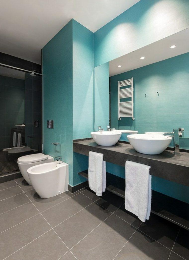 baño paredes color turquesa
