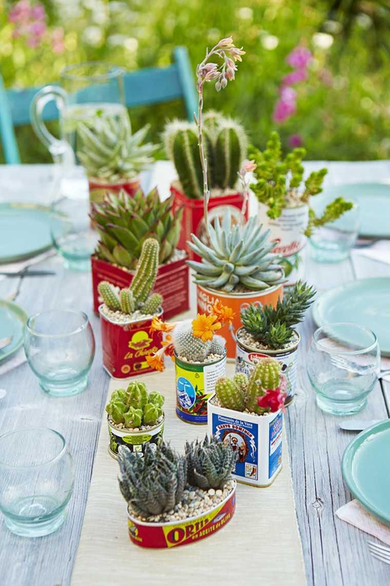 decopración de mesa con cactus