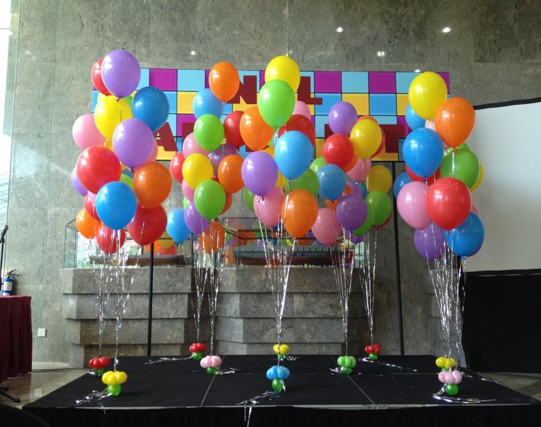 originales ideas para hacer adornos con globos bonita decoracin de fiesta