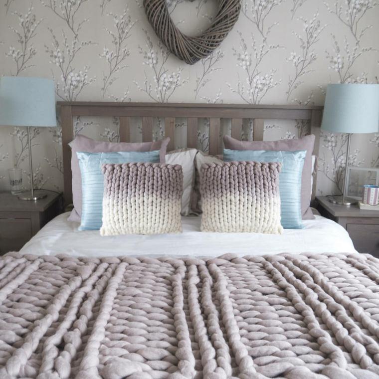 bonita decoración cama manta